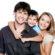 Adesivi famiglia: come far piacere gli spostamenti in auto ai bambini