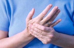 formicolio mani piedi